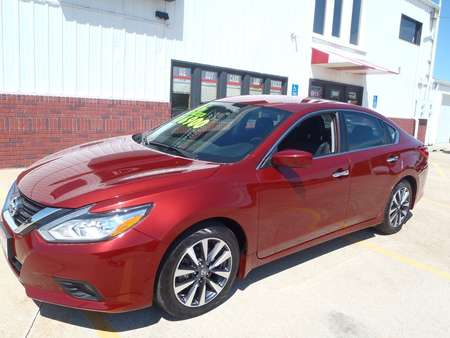 2016 Nissan Altima 2.5 for Sale  - 276231  - Martinson's Used Cars, LLC
