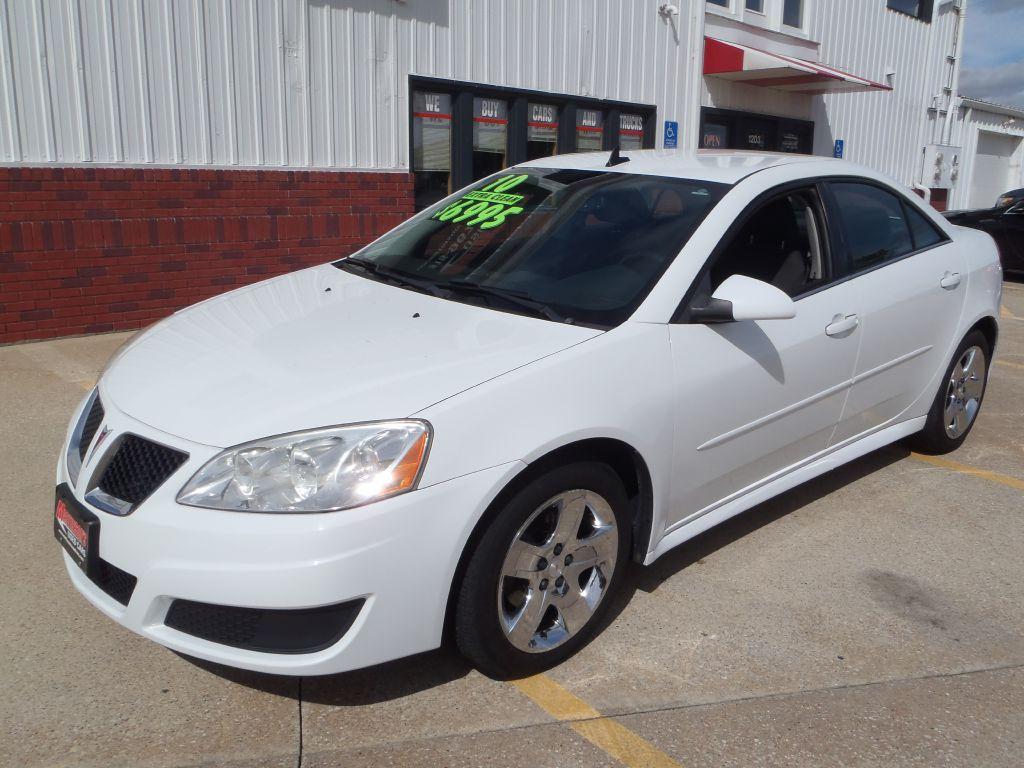 2010 Pontiac G6  - Martinson's Used Cars, LLC