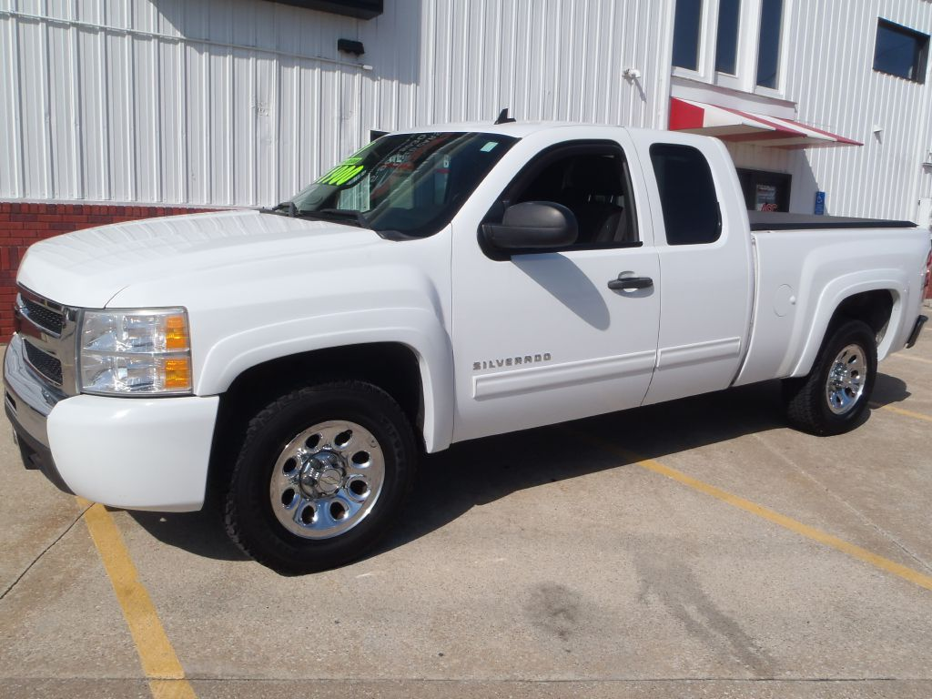2010 Chevrolet Silverado 1500  - Martinson's Used Cars, LLC