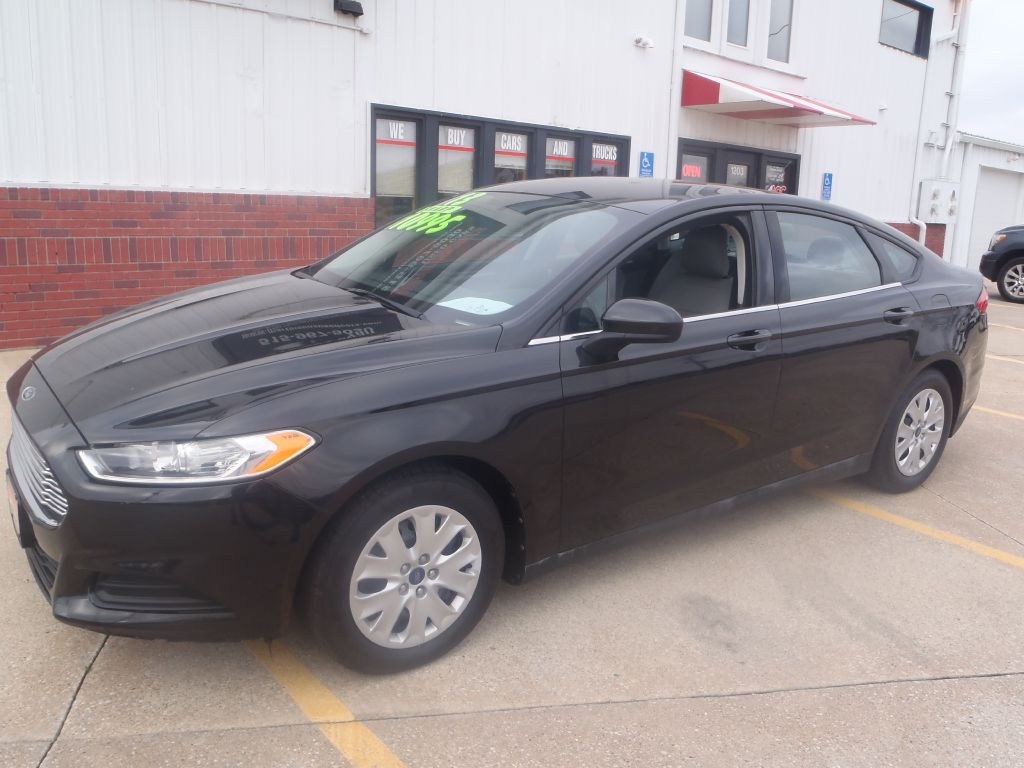2013 Ford Fusion  - Martinson's Used Cars, LLC