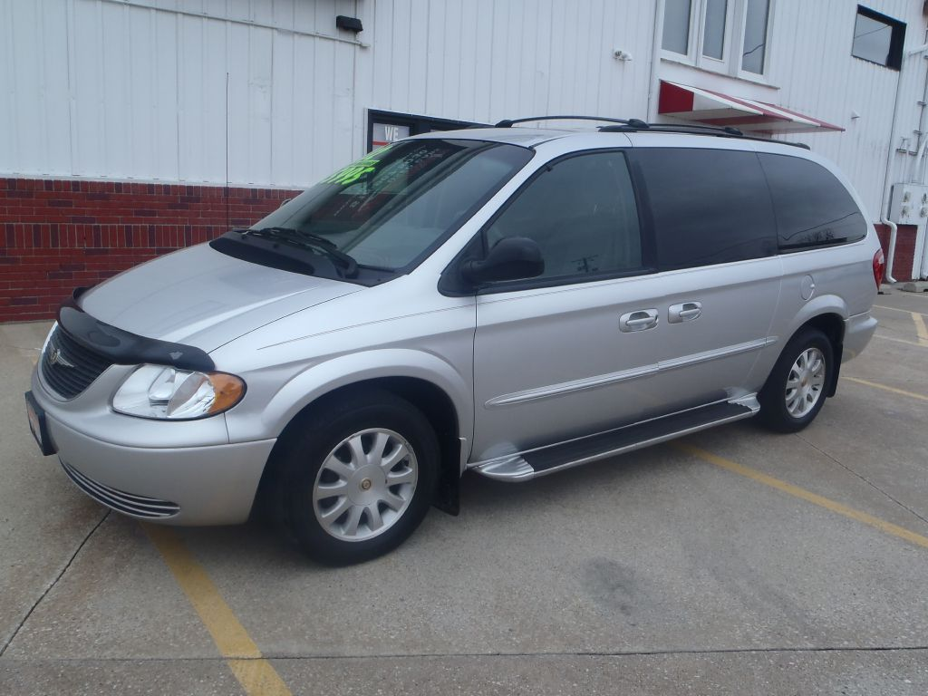 2002 Chrysler Town & Country  - Martinson's Used Cars, LLC