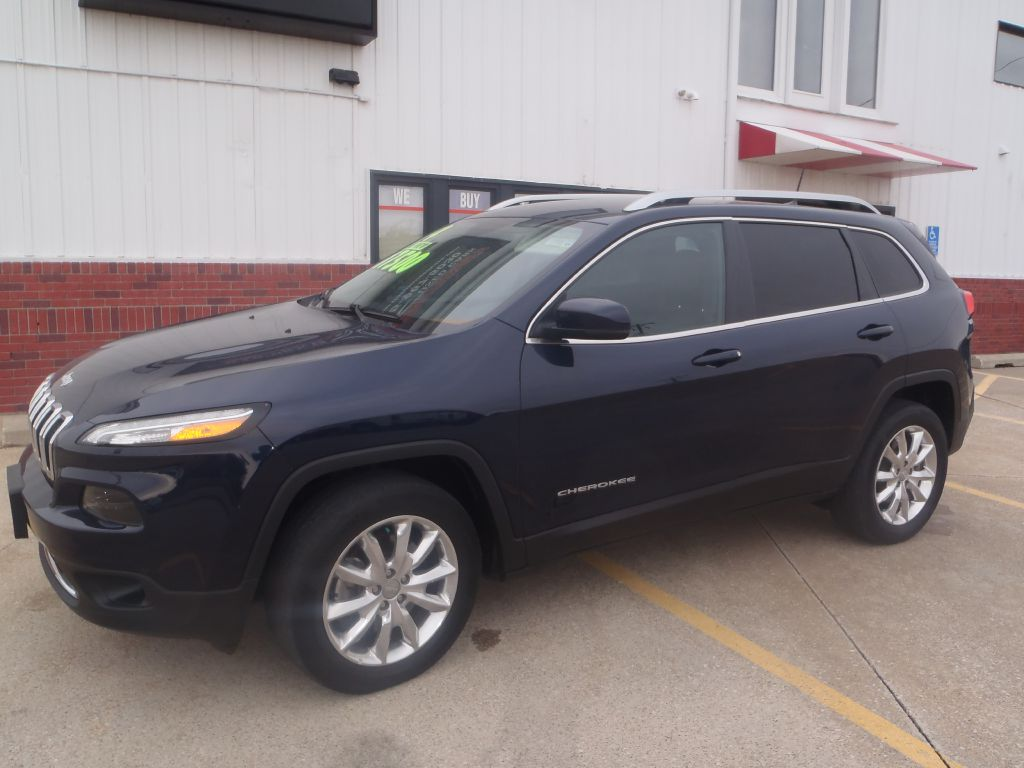 2016 Jeep Cherokee  - Martinson's Used Cars, LLC