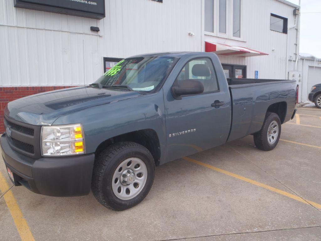 2007 Chevrolet Silverado 1500  - Martinson's Used Cars, LLC
