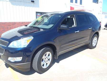 2012 Chevrolet Traverse LS for Sale  - 367735  - Martinson's Used Cars, LLC