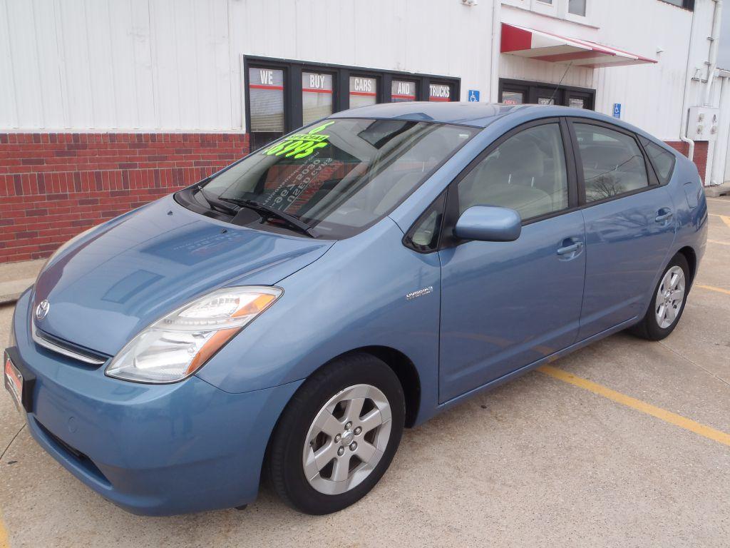 2006 Toyota Prius  - Martinson's Used Cars, LLC