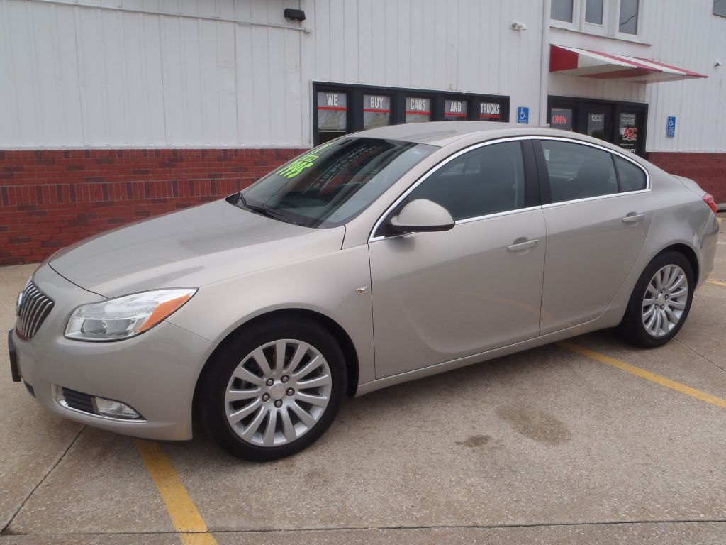2011 Buick Regal  - Martinson's Used Cars, LLC