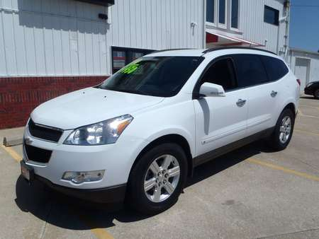 2010 Chevrolet Traverse LT AWD for Sale  - 22363  - Martinson's Used Cars, LLC
