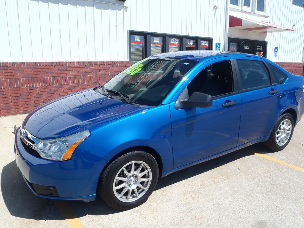 2011 Ford Focus  - Martinson's Used Cars, LLC