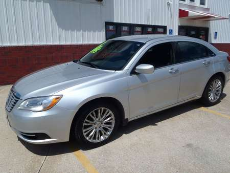 2012 Chrysler 200 LX for Sale  - 282276  - Martinson's Used Cars, LLC