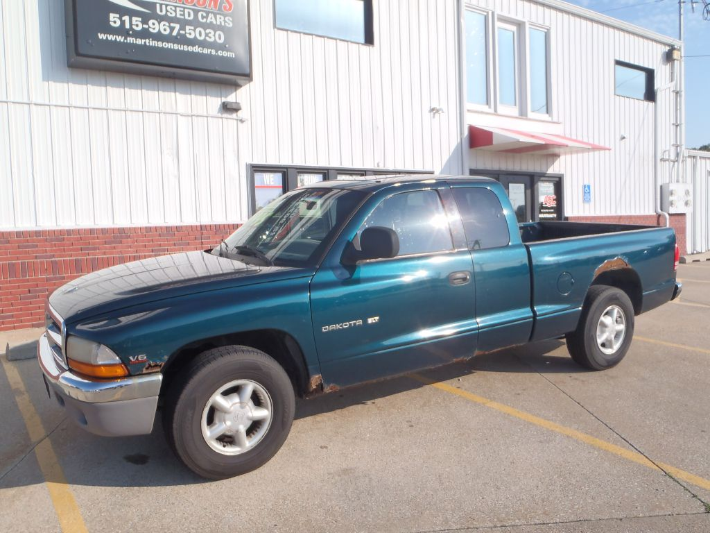 1998 Dodge Dakota  - 69013  - Martinson's Used Cars, LLC