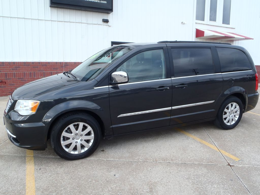 2012 Chrysler Town & Country TOURING L  - BRADY  - Martinson's Used Cars, LLC