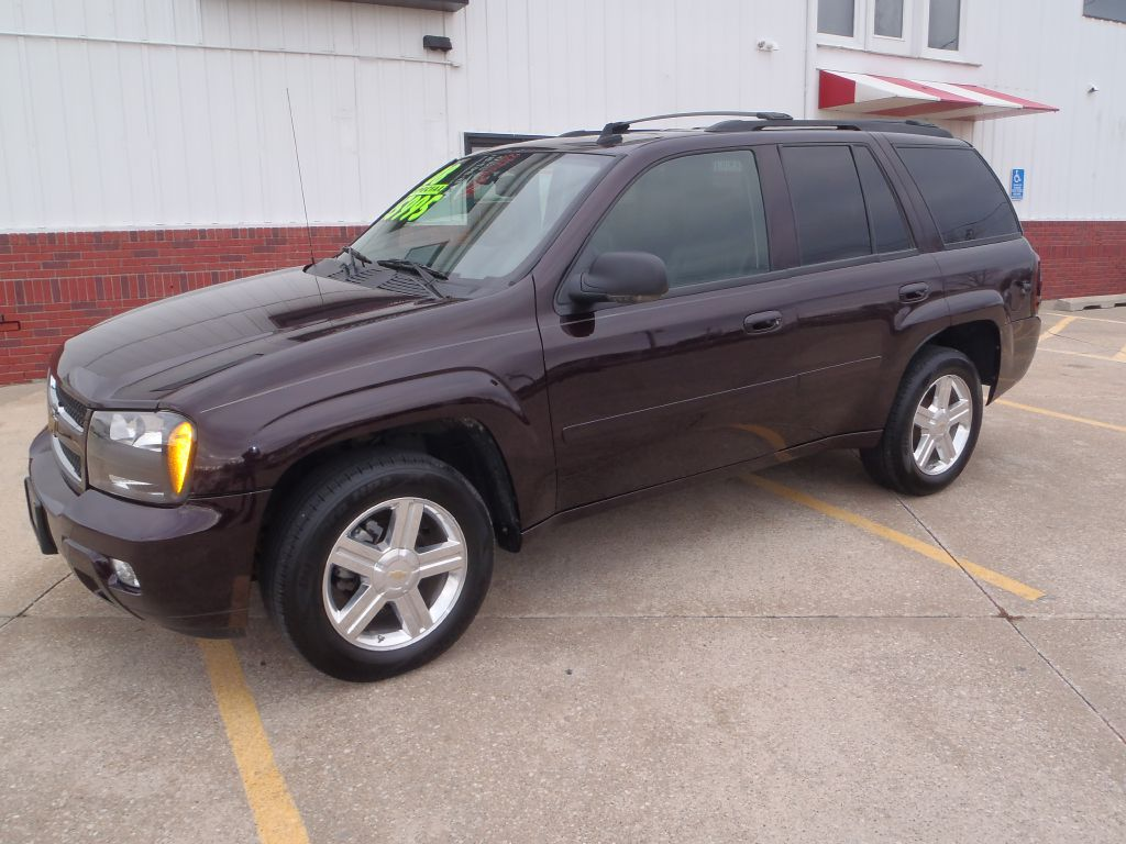2008 Chevrolet TrailBlazer LT  - 247183  - Martinson's Used Cars, LLC