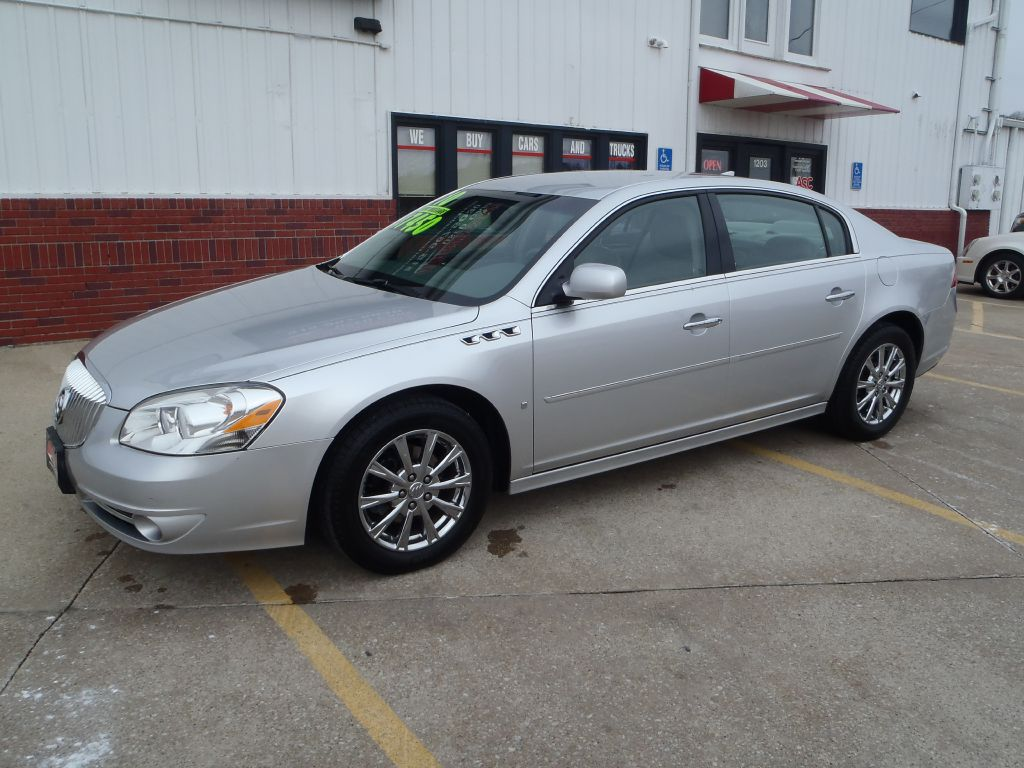 2010 Buick Lucerne  - Martinson's Used Cars, LLC