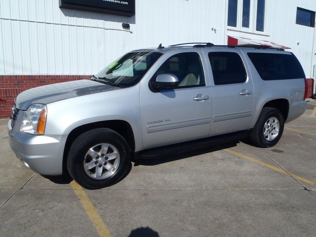 2010 GMC Yukon XL 1500 SLT  - 169702A  - Martinson's Used Cars, LLC