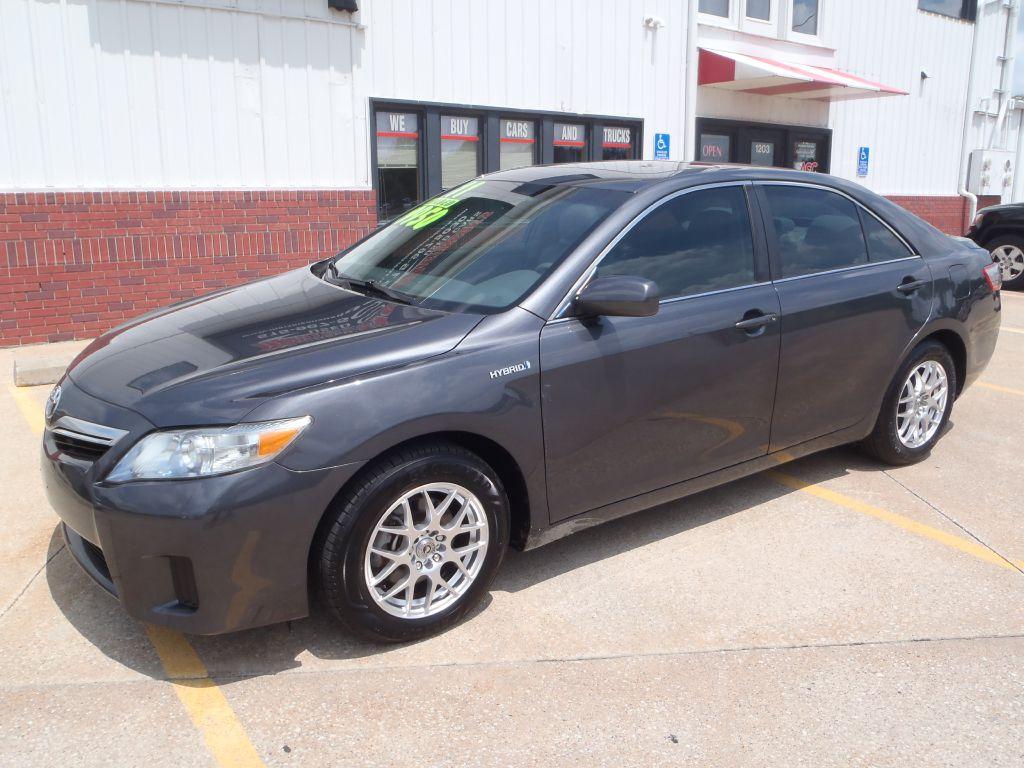 2011 Toyota Camry HYBRID  - 142719  - Martinson's Used Cars, LLC