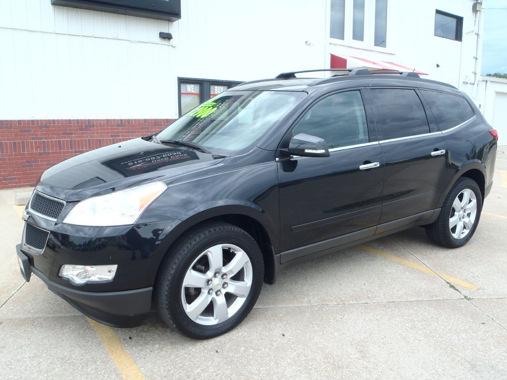 2012 Chevrolet Traverse LT  - 101162  - Martinson's Used Cars, LLC