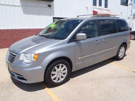 2014 Chrysler Town & Country TOURING for Sale  - 295154  - Martinson's Used Cars, LLC