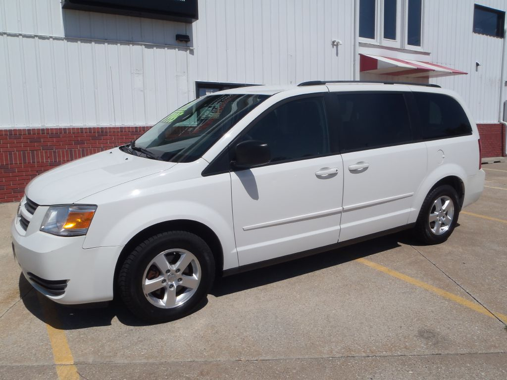 2009 Dodge Grand Caravan  - Martinson's Used Cars, LLC
