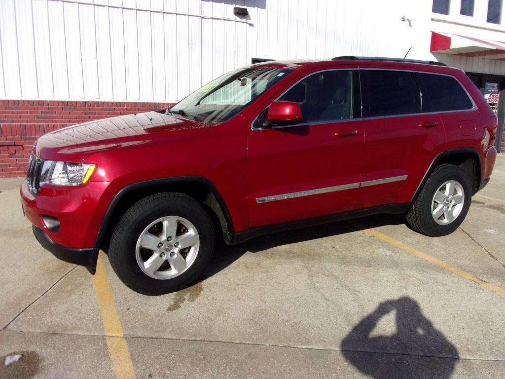 2011 Jeep Grand Cherokee LAREDO  - 615514  - Martinson's Used Cars, LLC