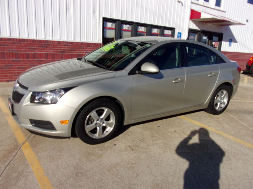 2014 Chevrolet Cruze LT  - 258199  - Martinson's Used Cars, LLC