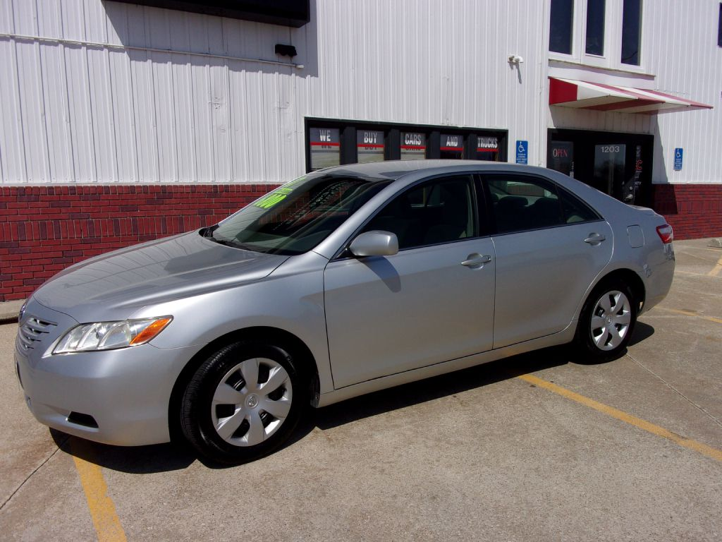 2007 Toyota Camry LE  - 093574  - Martinson's Used Cars, LLC