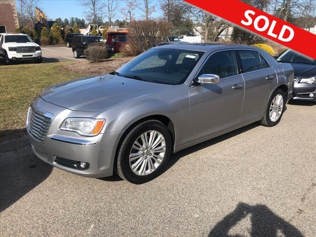 2013 Chrysler 300 C  - DH596286  - Classic Auto Sales