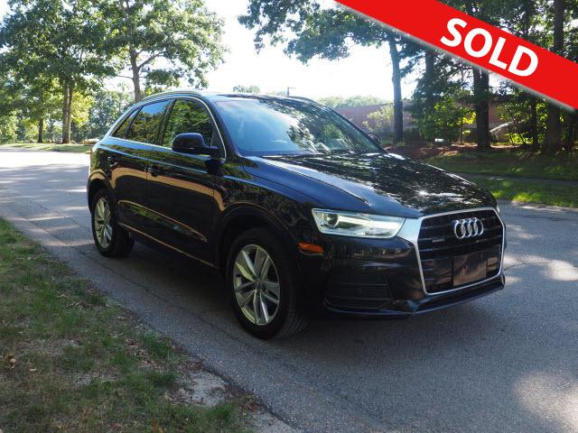 2017 Audi Q3 2.0T Quatro  - 002398  - Classic Auto Sales