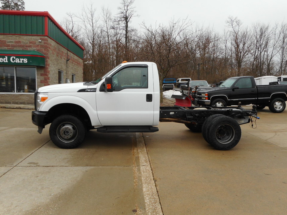 2016 Ford F 350 Xl 4x4 Dually Cab Chis Priced
