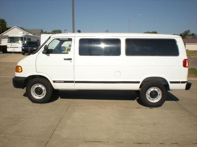 2000 Dodge Ram Van 3500 Cargo