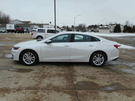 2018 Chevrolet Malibu LT for Sale  - 26448  - Nelson Automotive