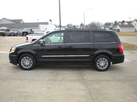 2015 Chrysler Town & Country Touring-L for Sale  - 01000  - Nelson Automotive