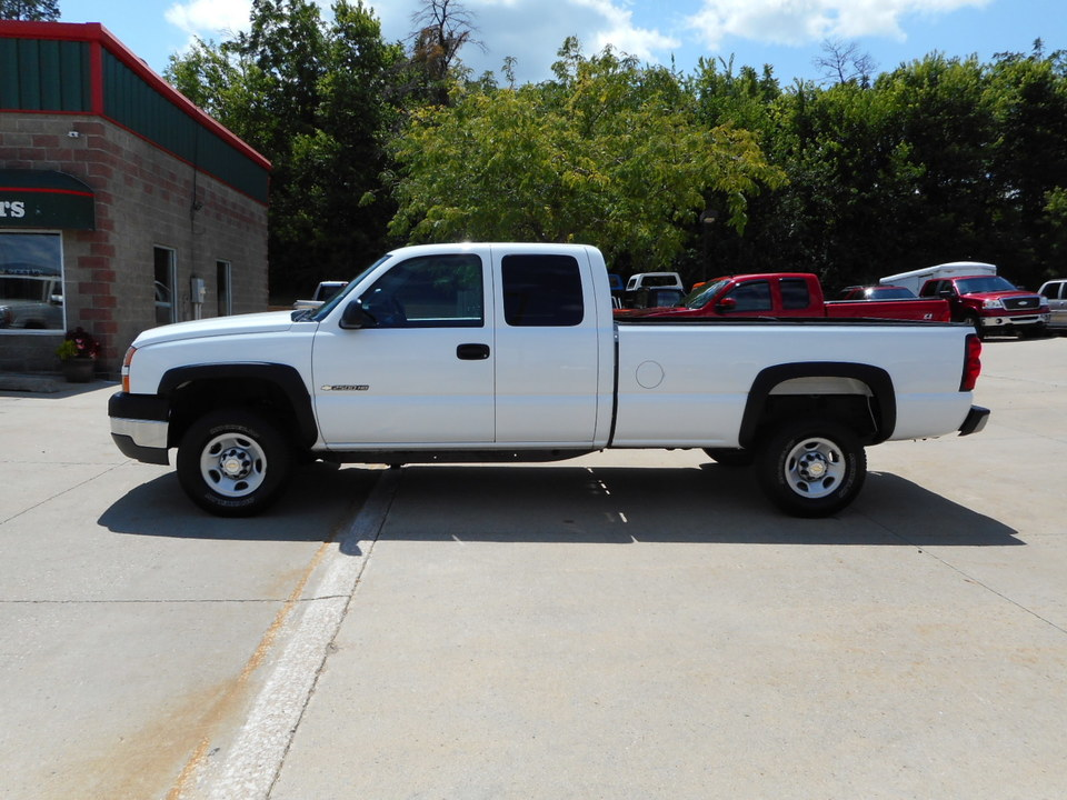2005 Chevrolet Silverado 2500 Hd Ext  Cab Long Box - Stock   22755