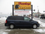 2008 Chrysler Town & Country  - Hawkeye Car Credit - Newton