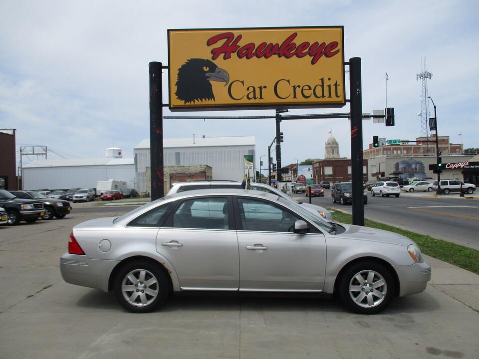 2007 Ford Five Hundred  - 3895  - Hawkeye Car Credit - Newton