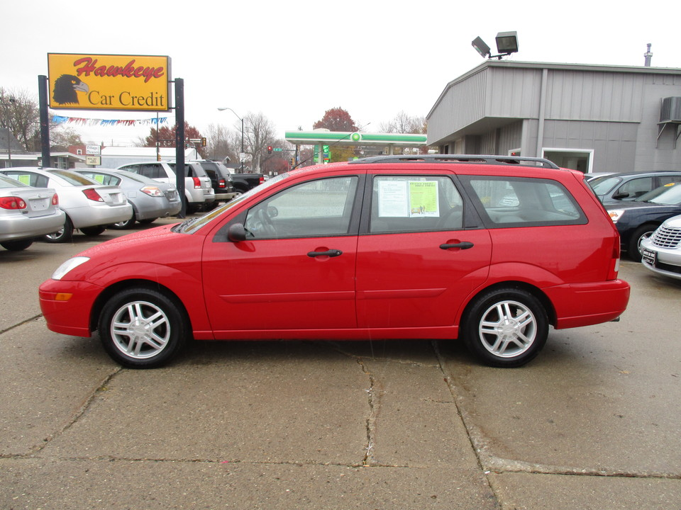2001 Ford Focus  - Hawkeye Car Credit - Newton