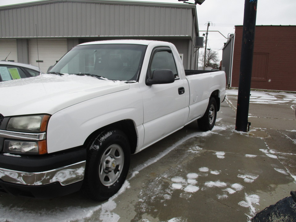 2003 Chevrolet Silverado 1500  - Hawkeye Car Credit - Newton