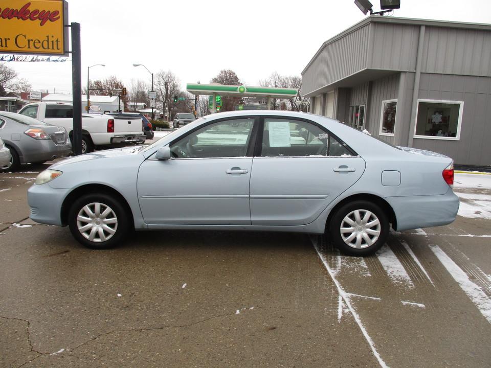 2006 Toyota Camry  - Hawkeye Car Credit - Newton