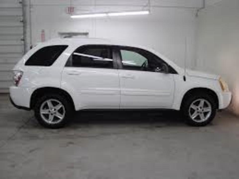 2005 Chevrolet Equinox  - Hawkeye Car Credit - Newton