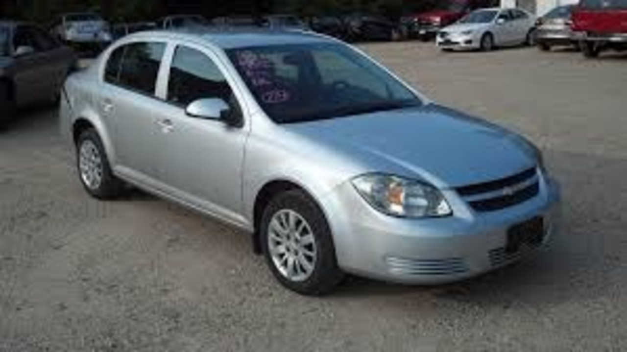 2010 Chevrolet Cobalt  - Hawkeye Car Credit - Newton