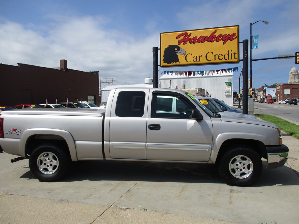 2004 Chevrolet Silverado 1500  - Hawkeye Car Credit - Newton