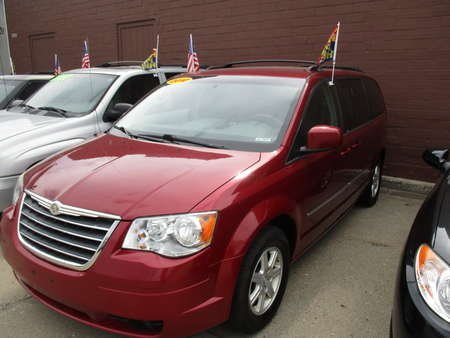 2010 Chrysler Town & Country  for Sale  - 3657R  - Hawkeye Car Credit - Newton