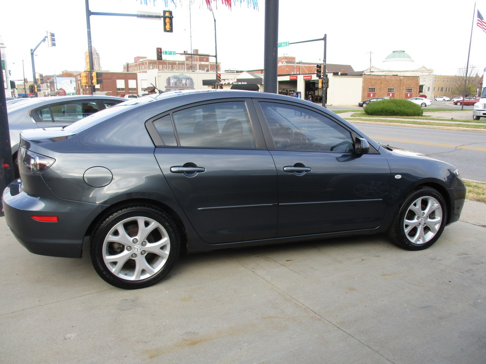 2008 Mazda Mazda3  - Hawkeye Car Credit - Newton
