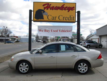 2005 Ford Five Hundred  for Sale  - 3785  - Hawkeye Car Credit - Newton