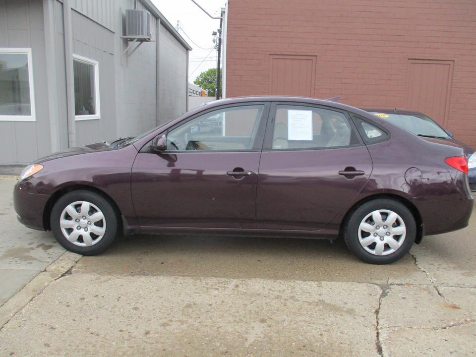 2009 Hyundai Elantra  - Hawkeye Car Credit - Newton