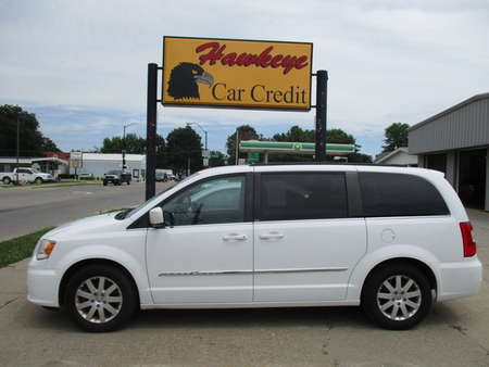 2014 Chrysler Town & Country  for Sale  - 3807  - Hawkeye Car Credit - Newton