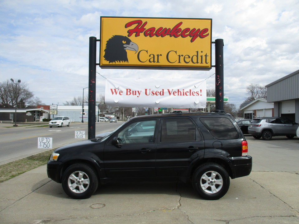2005 Ford Escape  - 3787  - Hawkeye Car Credit - Newton