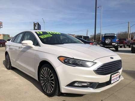 2017 Ford Fusion SE for Sale  - 304609  - Auto Finders LLC