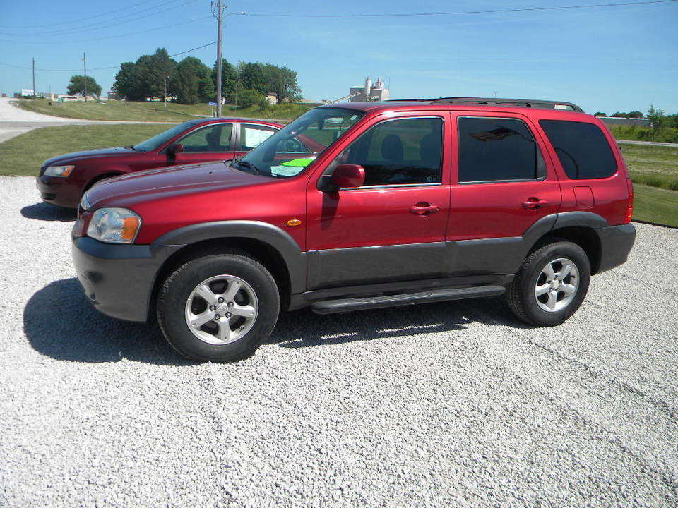 2005 Mazda Tribute  - Merrills Motors