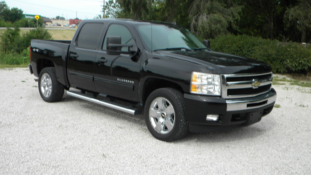 2011 Chevrolet Silverado 1500  - Merrills Motors