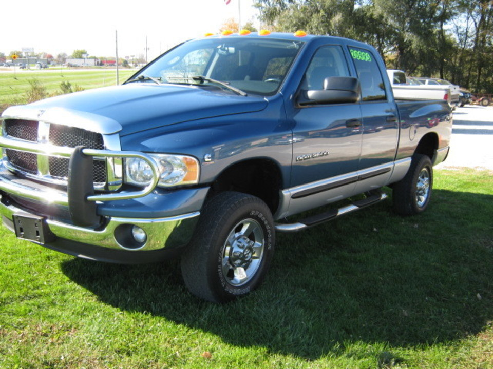 2005 Dodge Ram 2500  - Merrills Motors